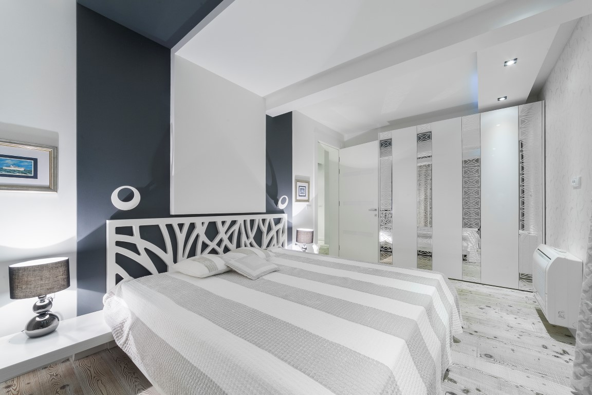 Budva-Becici-–-exclusive-penthouse-apartment-with-terrace-of-150m2_09