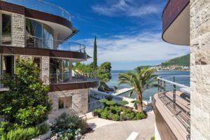 Budva-Becici-Dukley-Gardens-–-luxury-apartment-115m2_02